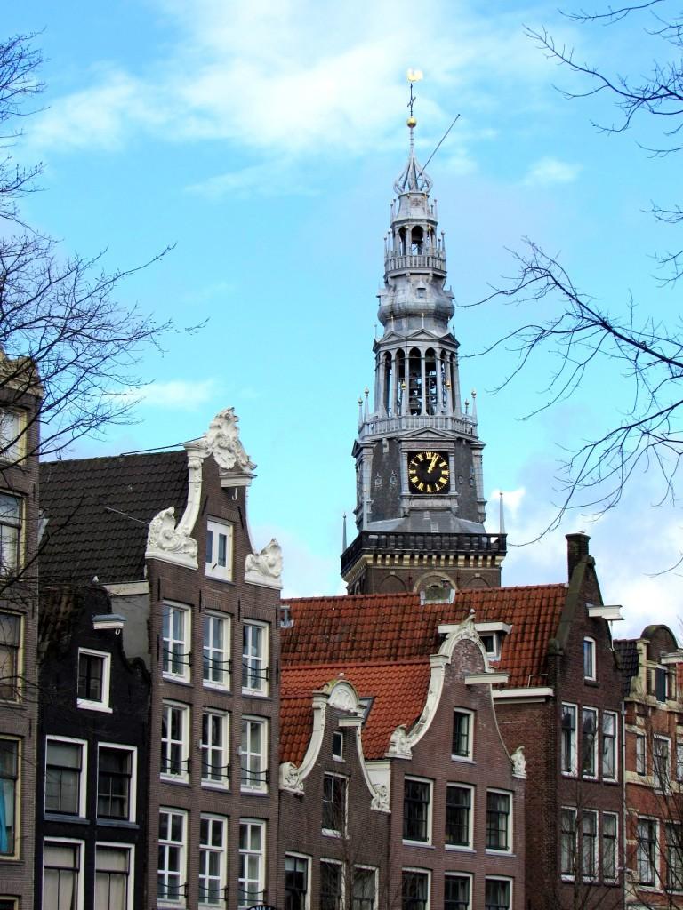 église du quartier rouge à amsterdam.