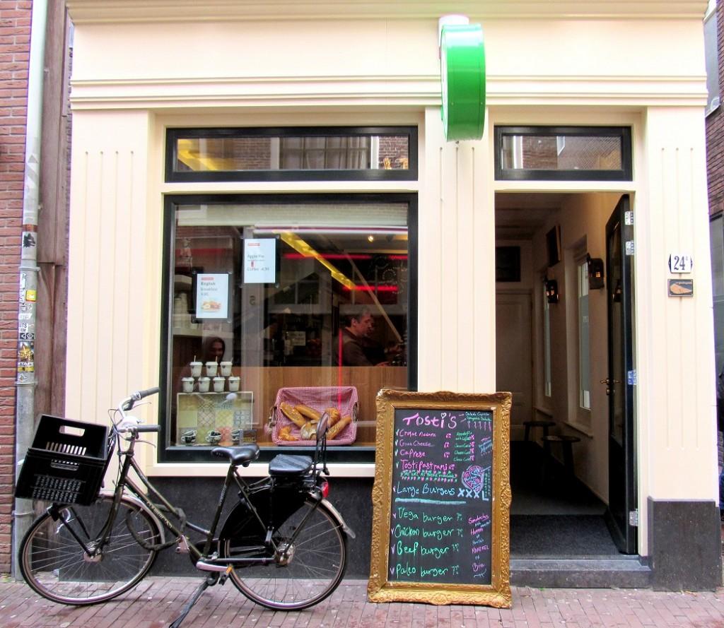 Restaurant le croque madame à amsterdam.