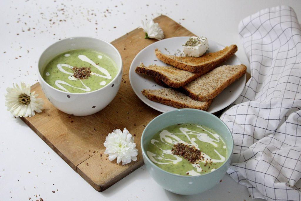 Recette velouté de légumes. Healthy et rapide à faire. Parfait comme plat du soir.