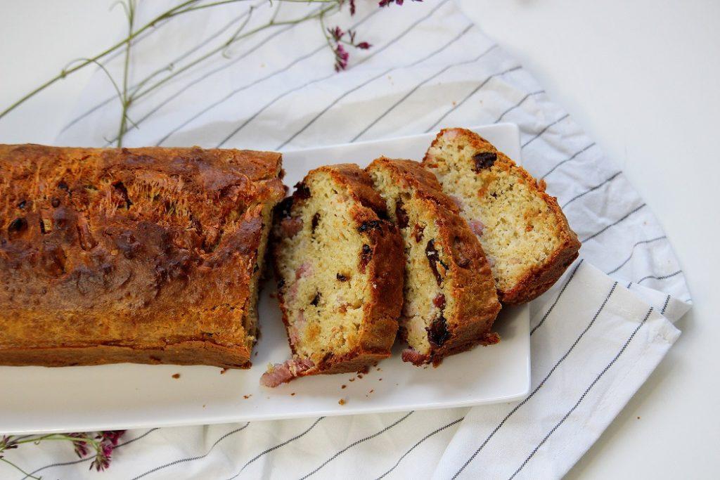 Recette de cake salé facile à faire. Idéale comme repas du soir.