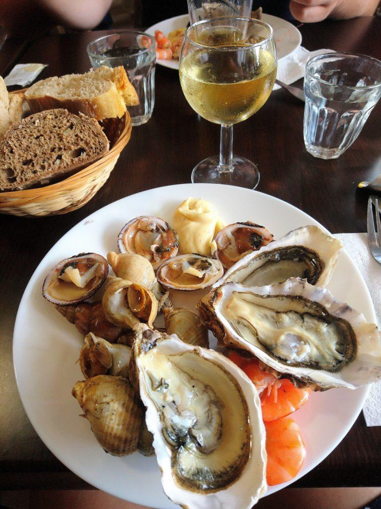 Restaurant de fruits de mer à volonté. La cabane à Saint Malo.