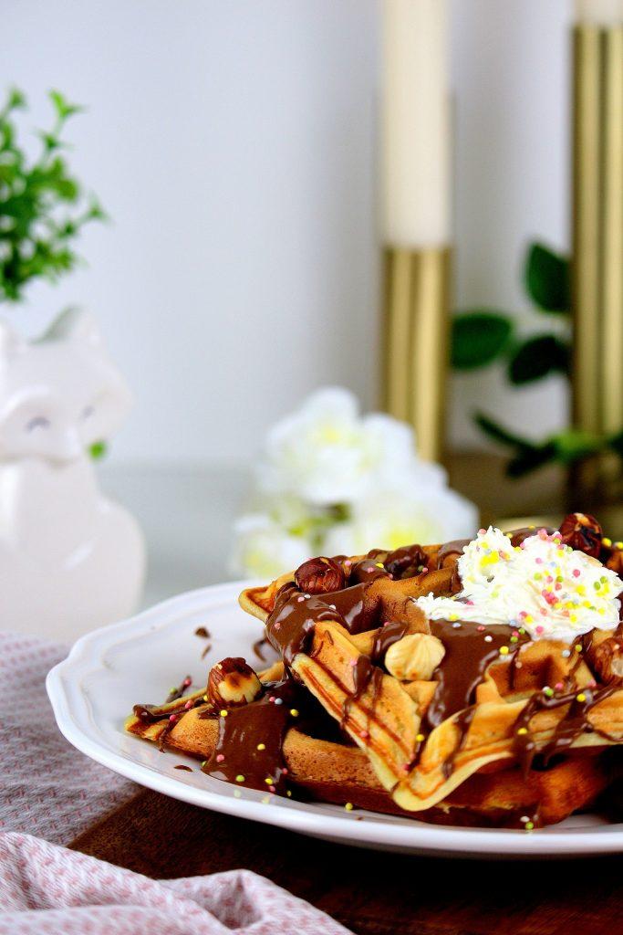 Gaufres au chocolat moelleuses et facile à faire.