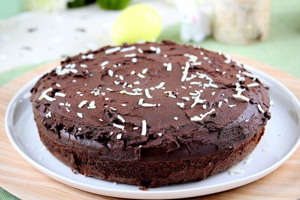 Recette de gâteau vegan. Sans beuure, ni oeufs, ni lait. Une recette gourmande, rapide et facile à faire.