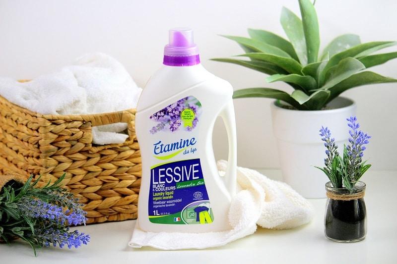 Lessive bio à la lavande de chez Etamine. Parfaite pour les peaux sensibles.