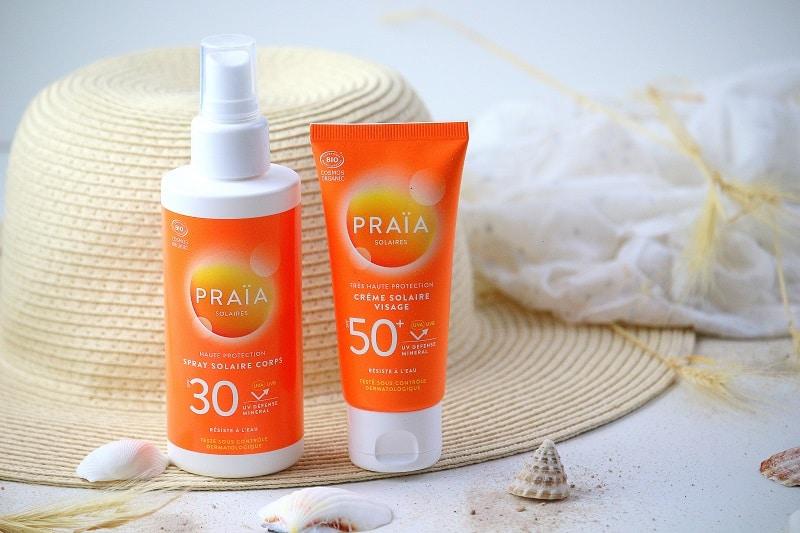 Crème solaire et spray solaires bio protection 50 et 30 de la marque bio Praia.  Avec une bonne protection, ne collent pas et ne blanchissent pas.
