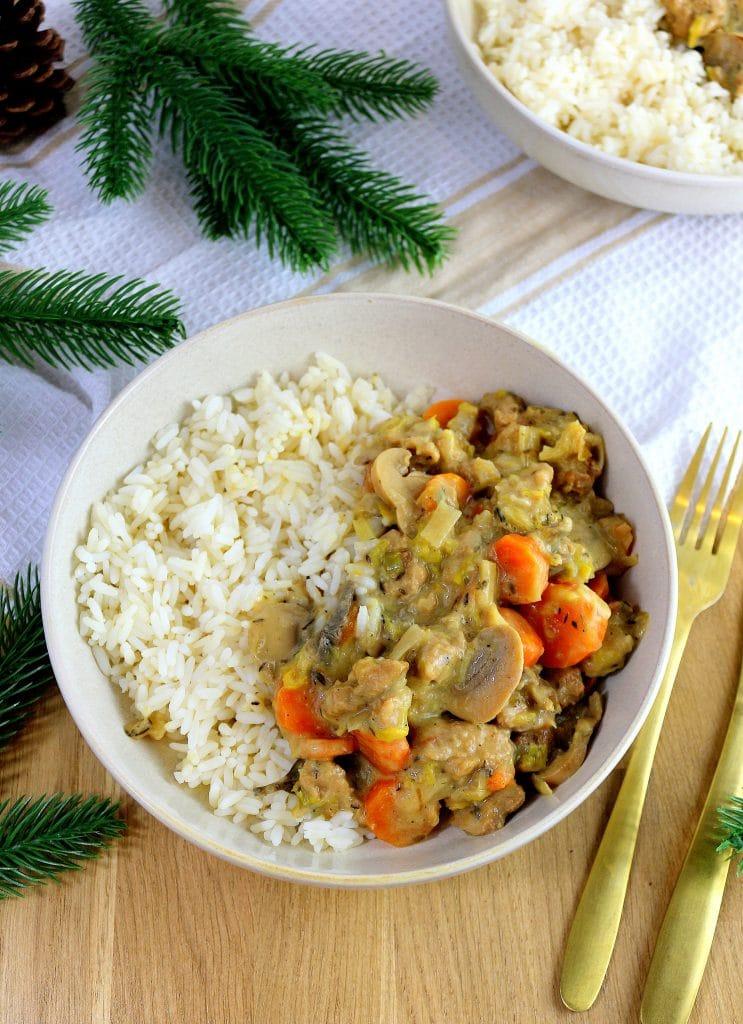 Recette de blanquette vegan. n plat végétalien facile à faire et parfait pour l'hiver.