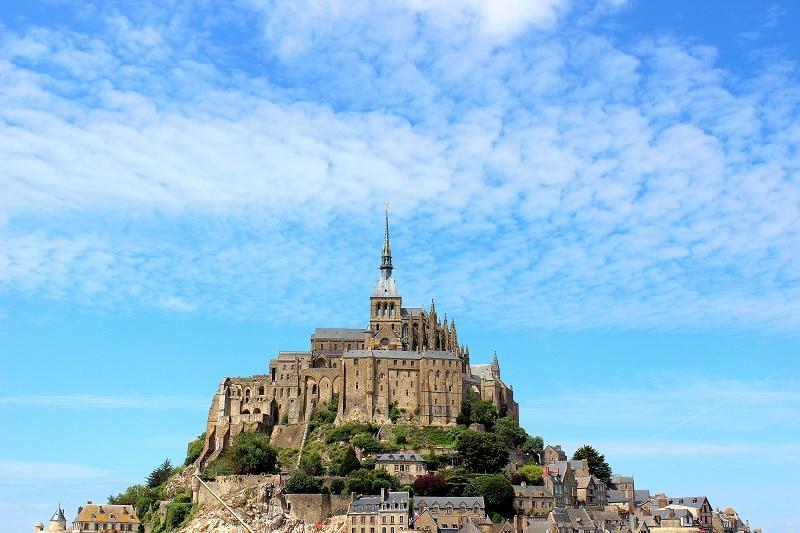 Le Mont Saint Michel, une merveille à découvrir dans la Manche en Normandie.