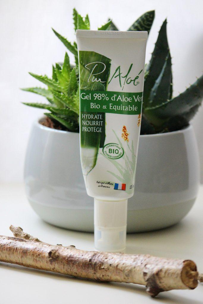 Le gel d'aloe vera, un produit miracle pour retrouver une belle peau au naturel.