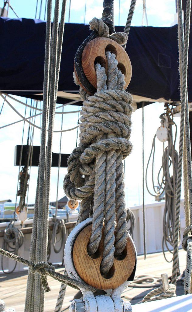Nœuds de marin sur des bateaux de pêcheurs.