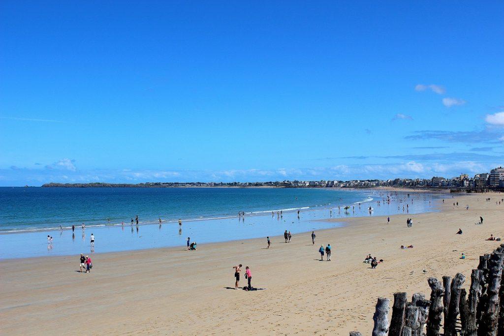 Grande plage de Saint-Malo.