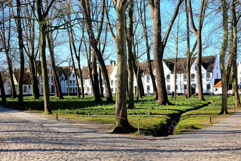 Le béguinage de Bruges.