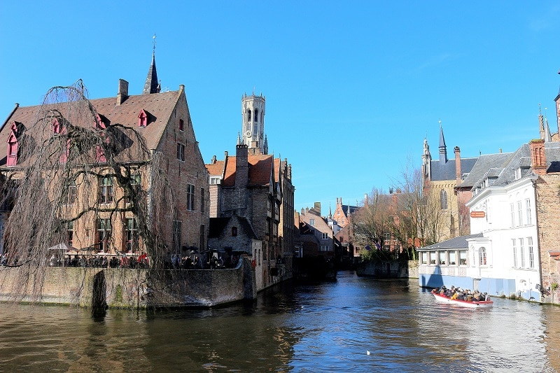 canaux bruges - only laurie