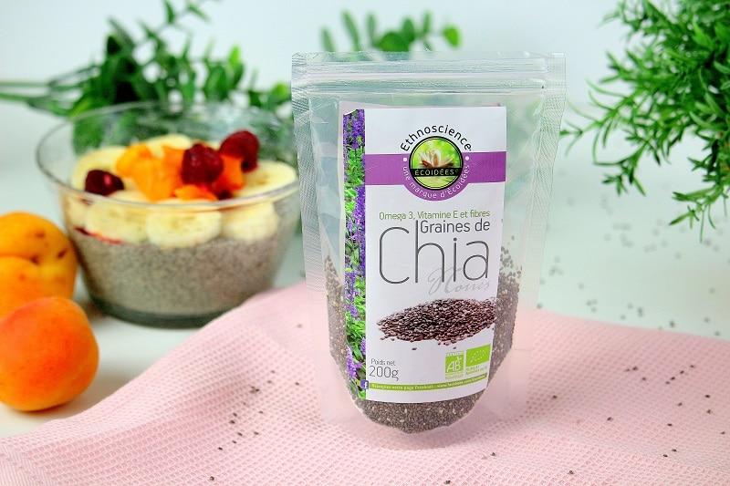 Les graines de chia, un super-aliment parfait pour un petit déjeuner sain et équilibré.