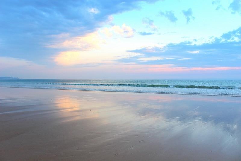 Plage de Biville et son coucher de soleil dans la Manche.
