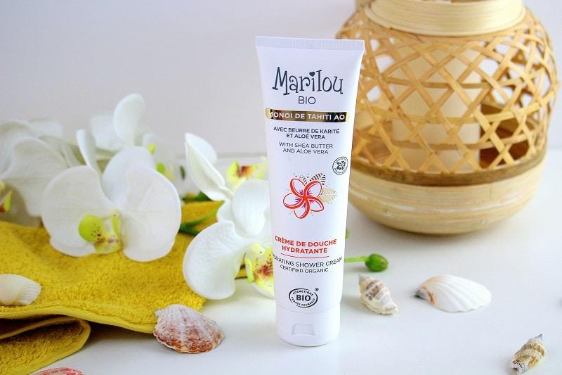 crème douche hydratante au monoi de chez marilou bio.