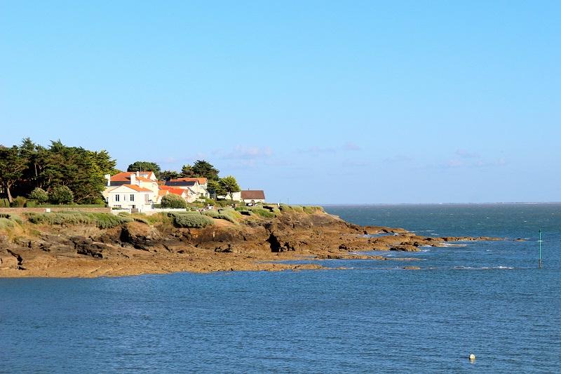 Balade sur la côte de jade. Une destination idéale pour les vacances.
