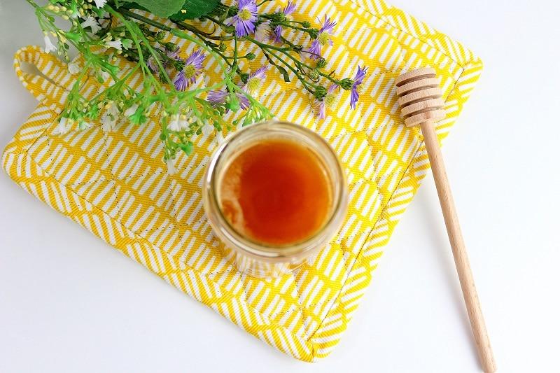 Remèdes naturels pour soulager le mal de gorge et le rhume. Des astuces pour être en forme rapidement.