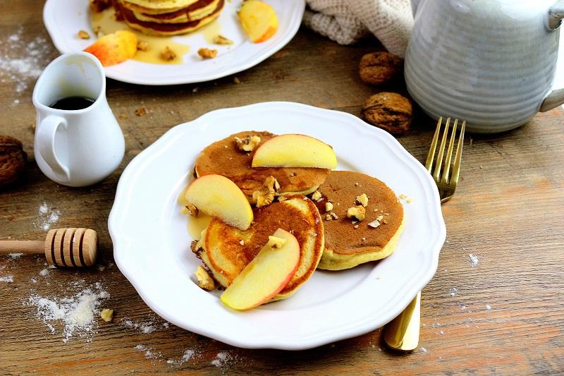 pancakes et sirop d'érable only laurie