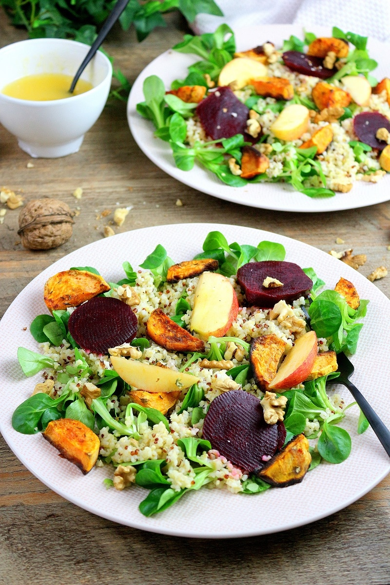 Salade végétarienne à base de quinoa. Une recette healthy et facile à faire.