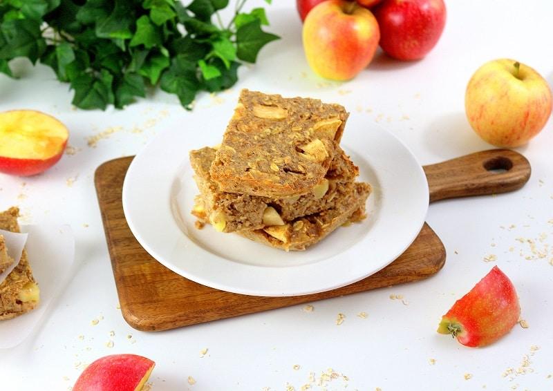 Recette de gâteau de porridge aux pommes. Une recette healthy pour le petit déjeuner.