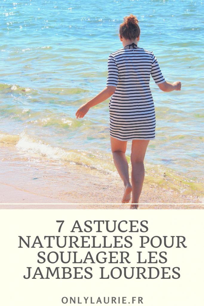 Je vous partage 7 astuces naturelles pour soulager les jambes lourdes. Des astuces simples et économique qui font appelle à l'aromathérapie, la naturopathie et la phytothérapie.