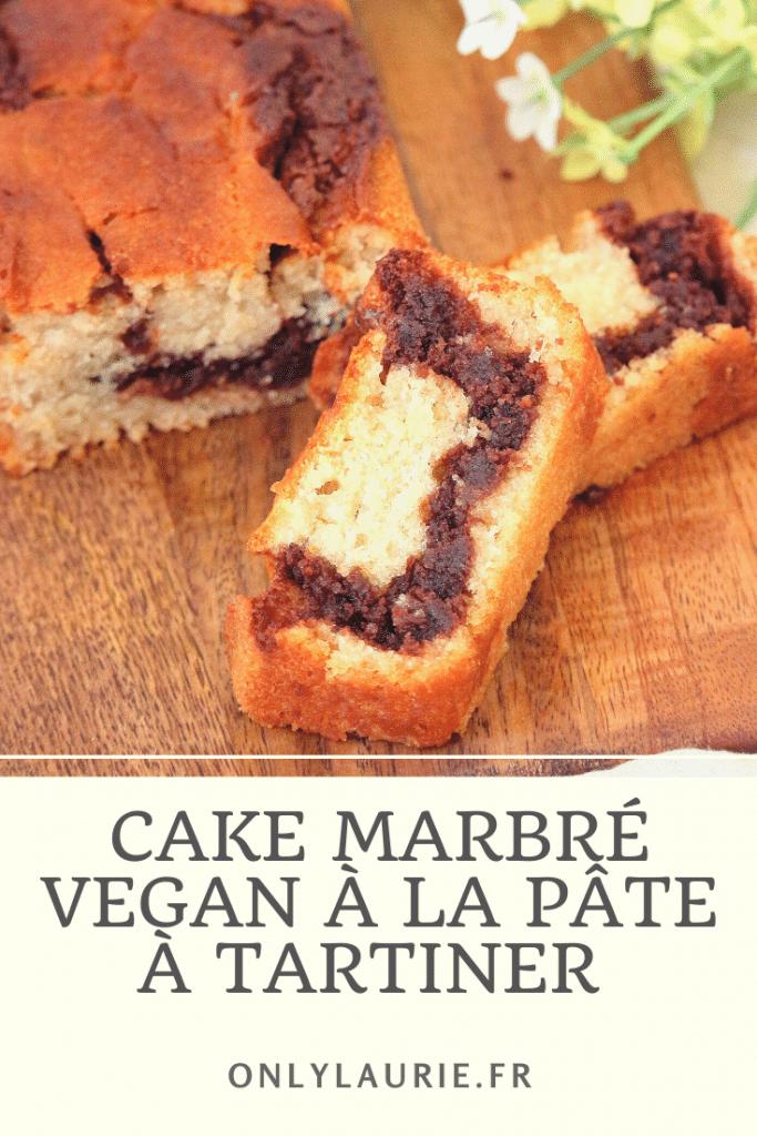 Recette de cake marbré vegan à la pâte à tartiner. Une recette gourmande, facile et rapide à faire. Sans œufs, sans beurre et sans lactose.