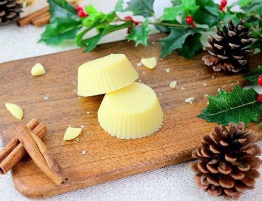 Recette de barre de massage maison à l'orange. Une recette facile à faire parfait pour un cadeau naturel fait maison.