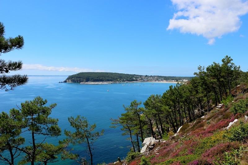 La superbe presqu'île de Crozon, un endroit paradisiaque à découvrir en Bretagne. Une des 5 régions à découvrir en France.