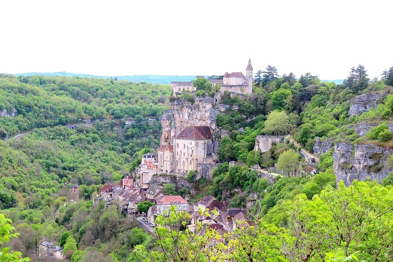 Magnifique cité de Rocamadour dans le Lot. Une des 5 régions à découvrir en France cet été.